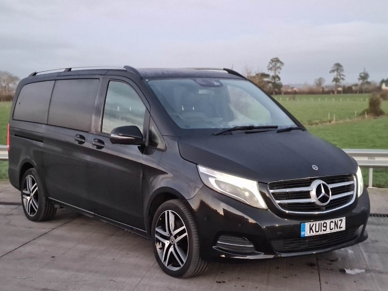 MAY 2019 MERCEDES V CLASS Front view