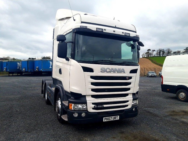 2017 (172) SCANIA R450 Tractor Unit Main view